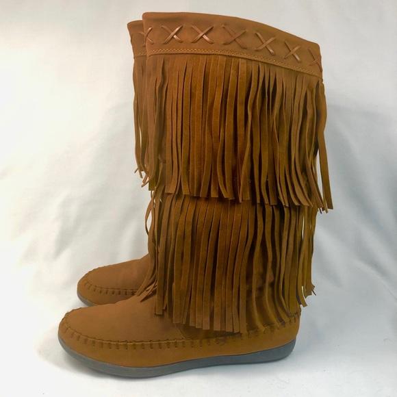 Womens Capulet Mid Calf Moccasin Boots